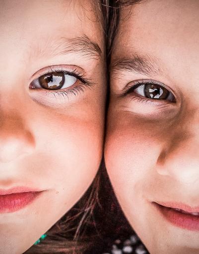 girls eyes